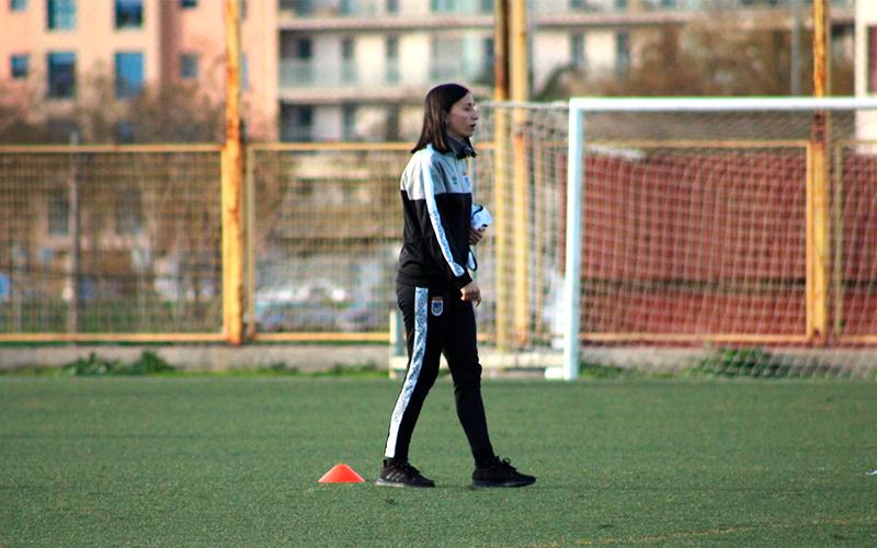 """Bea Galán: """"Ahora mismo nos jugamos mucho más que tres puntos o un play-off"""""""